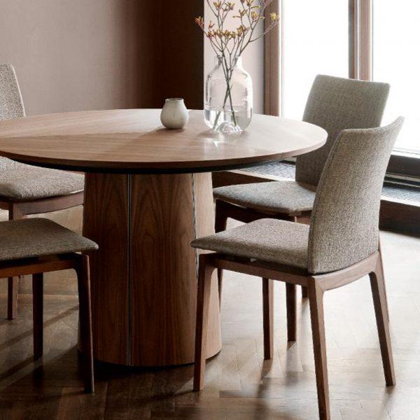 Skovby SM63 Dining Chairs around SM33 Table