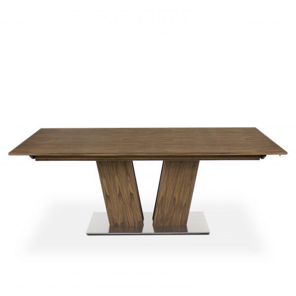 Skovby SM39 Dining Table on Straight in Oiled Walnut