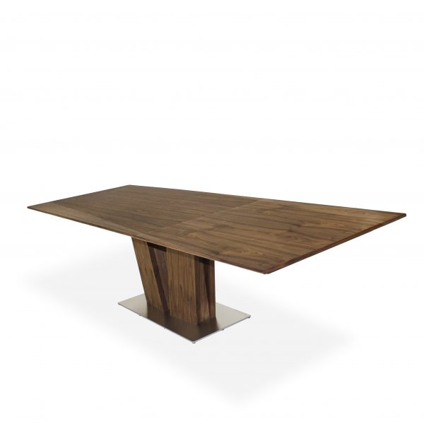 Skovby SM39 Dining Table Extended in Oiled Walnut