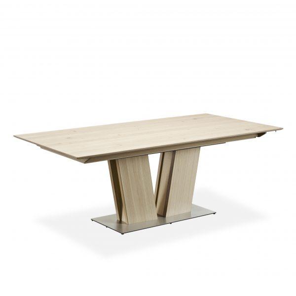 Skovby SM39 Dining Table on Angle