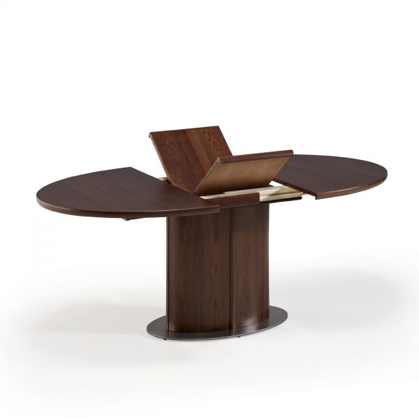 Skovby SM72 Dining Table in Walnut, Extension Leaves