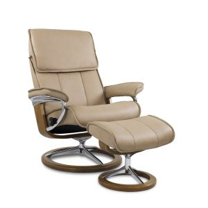 Stressless Admiral Signature in Paloma Sand with Teak Base, Angle