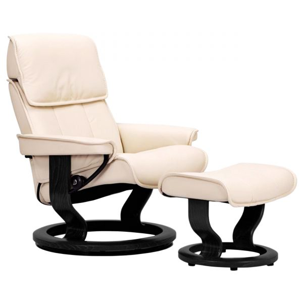 Stressless Admiral Classic Recliner in Paloma Light Grey with a Wenge Wood Base
