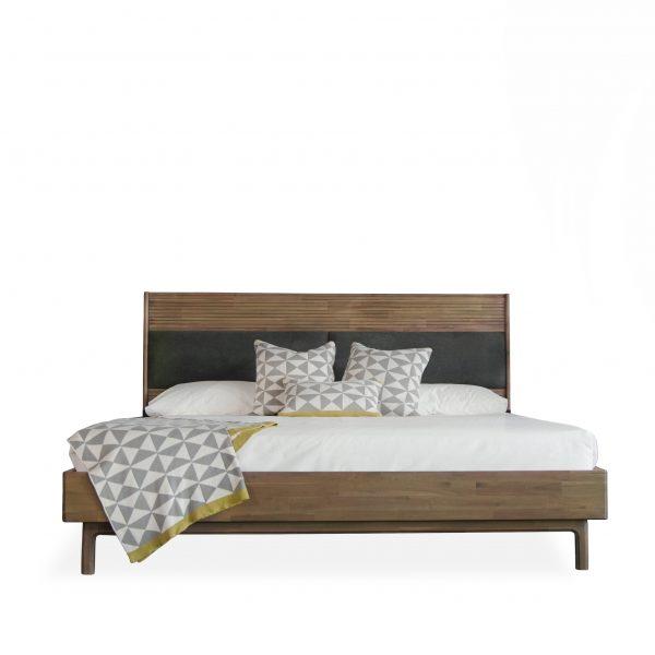 Crest Bed, Front