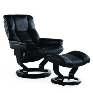Stressless Mayfair Classic Recliner in Paloma Black with Black Wood Base
