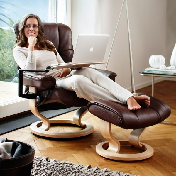 Stressless Mayfair Classic Recliner with Reclined Lady and Stressless Computer Table