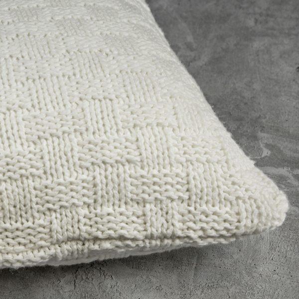 Basket Ivory Pillow, Close Up