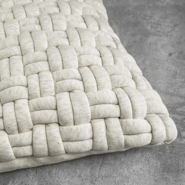 Clusp Cream Pillow, Close Up