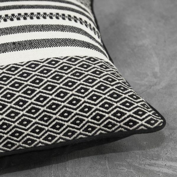 Pround Natural Pillow, Close Up