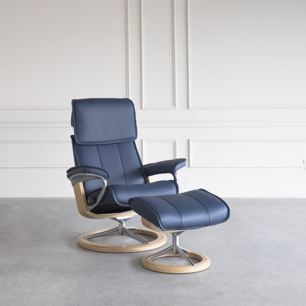 Admiral Signature Leather Recliner in Oxford Blue with a Oak Base